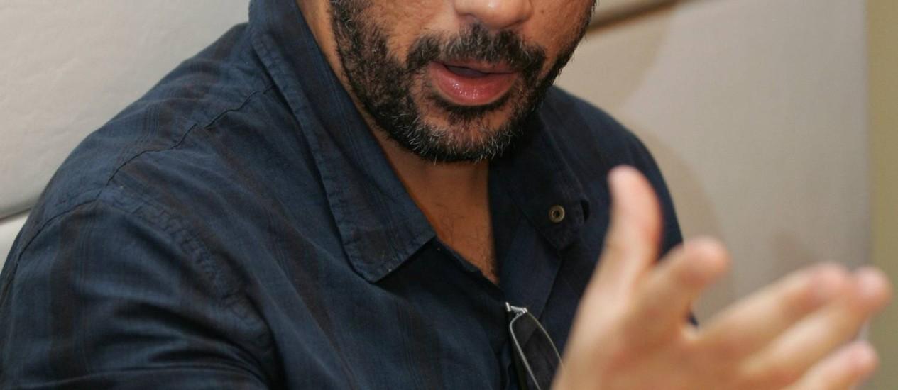 """José Júnior, o coordenador do AfroReggae: """"Parabéns aos delegados"""" Foto: Marcelo Piu / O Globo"""