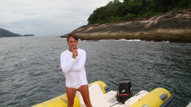 Jair Bolsonaro tem casa em Angra e acionou a Justiça para ter direito de pescar na Esec Tamoios Foto: Divulgação