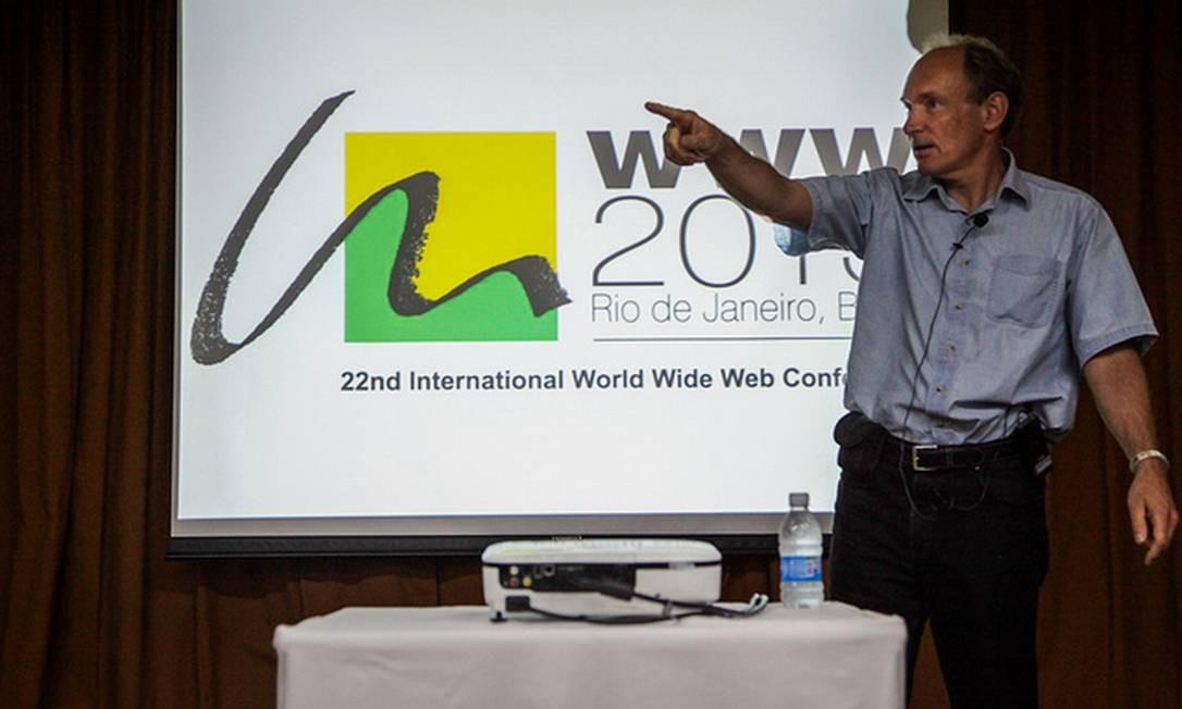Tim Berners-Lee no evento: Marco Civil, se adotado, colocará Brasil em posição de destaque no cenário internacional de uso da internet. Foto: Divulgação/NIC.br