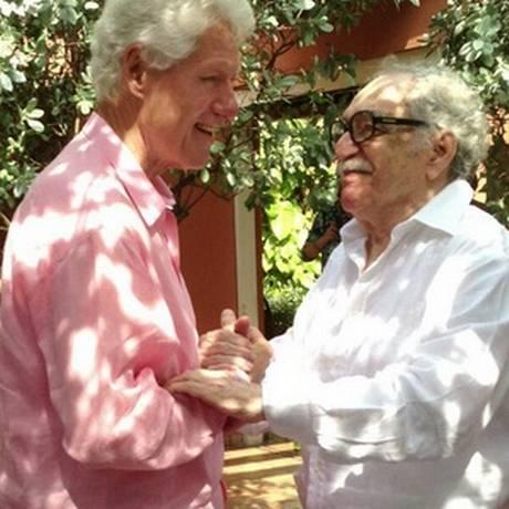 Bill Clinton ao lado de Gabriel García Márquez Foto: Twitter de Bill Clinton