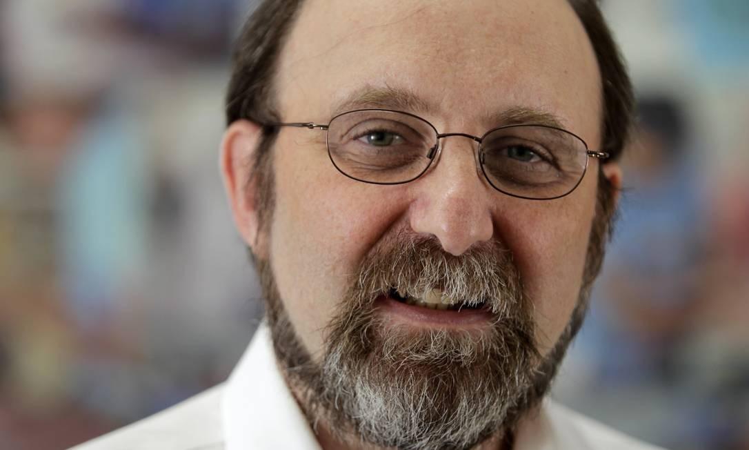 Pequisador Miguel Nicolelis foi o vencedor do Prêmio Faz Diferença, do Globo, em 2011 Foto: Marcos Alves/20-12-2011