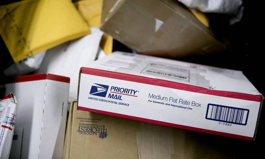 No Brasil não há legislação que determine um prazo para entrega de mercadorias compradas pela web Foto: FOTO: Andrew Harrer / Bloomberg