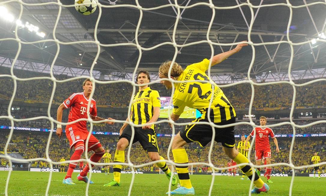 Mario Mandzukic (Bayern) abriu o placar aos 15 minutos do segundo tempo. GLYN KIRK / AFP