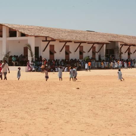 Crianças de Madagascar recebem ajuda da loja francesa Merci Foto: Divulgação