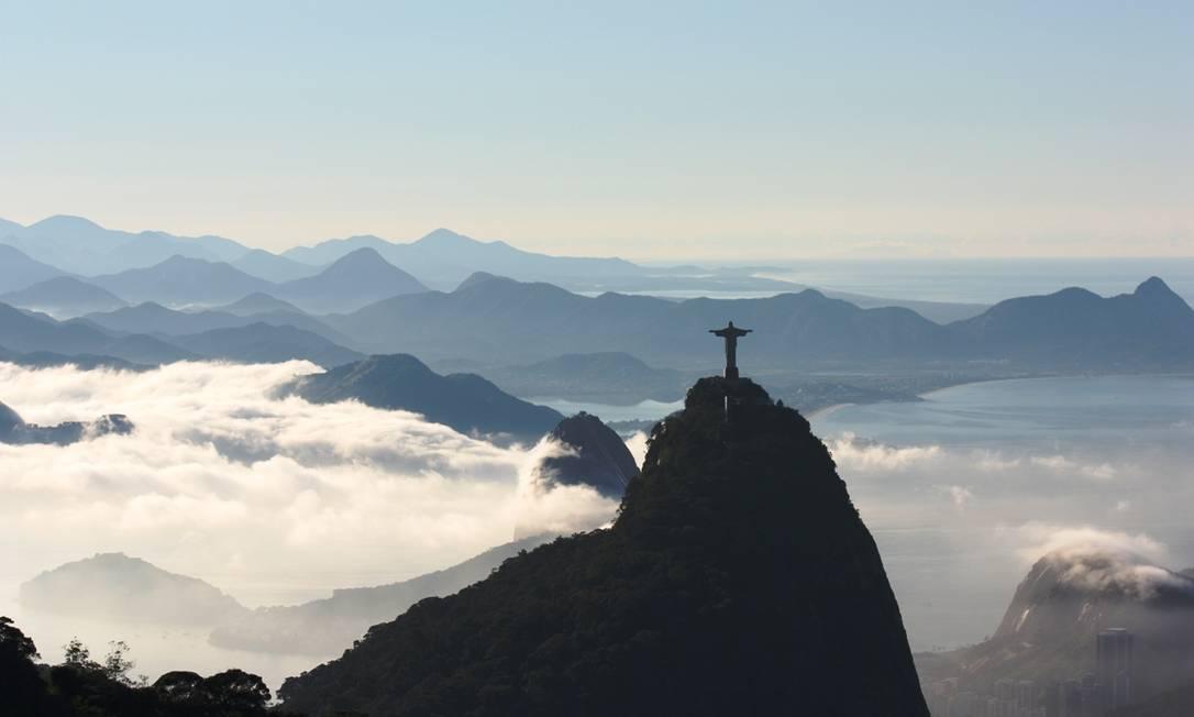 Nevoeiro encobre a cidade pelo segundo dia consecutivo Foto: Eu-repórter / Leitor Marcos Estrella
