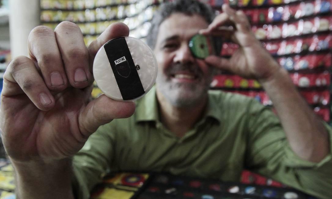 Coleções guardam peças de outros tempos: valor varia de acordo com interesse dos colecionadores Foto: Agência O Globo / Fernanda Dias