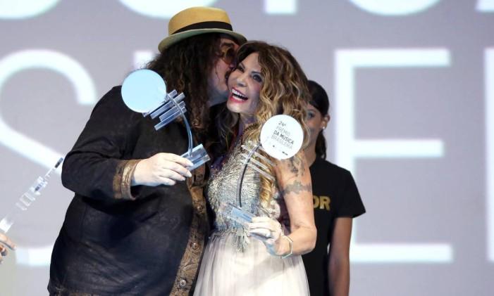 Moraes Moreira e Elba Ramalho ganharam os prêmios de melhor cantor e cantora na categoria regional Foto: Fabio Rossi / Agência O Globo