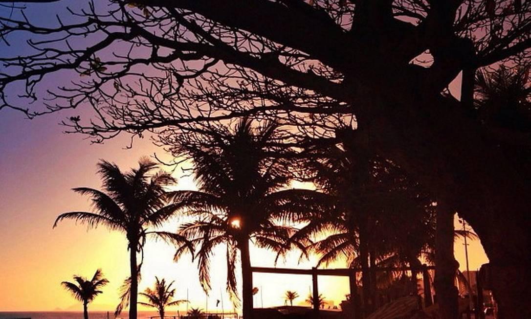 A poesia de um fim de tarde na Praia do Pepê clicado por @annaleticohen Foto: Divulgação/Anna Leticia Cohen
