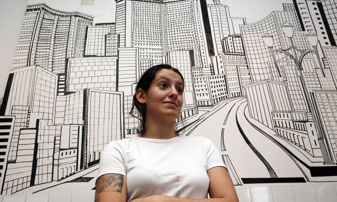 Mayara. Estudante de Geografia da USP, que trabalha como garçonete, é uma das organizadoras Foto: ELIARIA ANDRADE / Agência O Globo