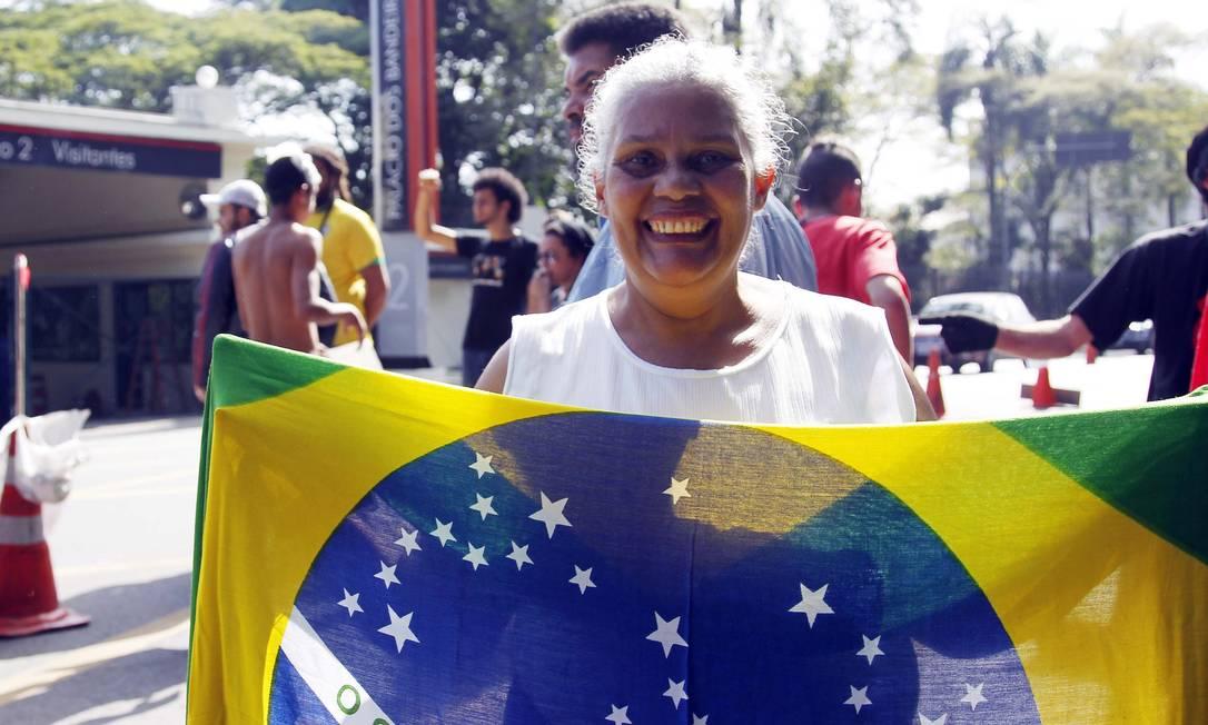 Maria Aparecida da Silva foi ao protesto contra o aumento da passagem de ônibus em São Paulo Eliária Andrade / Agência O Globo