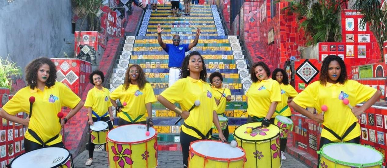 A banda de percussão Meninas do Rio abrirá o sarau do Jacarezinho neste sábado Foto: Divulgação