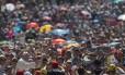 Em apenas cem dias, Francisco fez um milagre: reduzir o abismo entre a Igreja Católica e a opinião pública. Pesquisas apontam que o Pontífice tem um nível alto de aprovação
