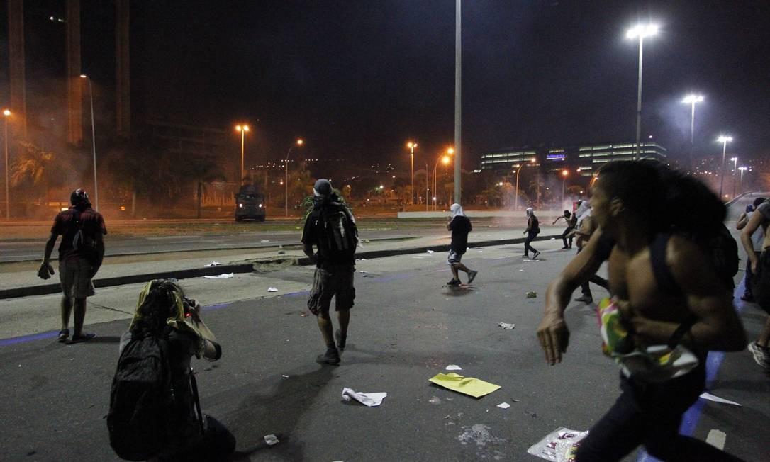 O protesto reuniu cerca de 300 mil pessoas, segundo estimativas da Coppe/UFRJ, divulgada pela Polícia Militar Foto: Agência O Globo