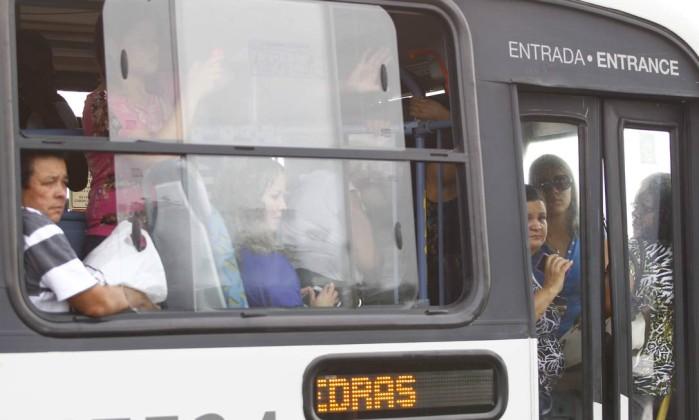 Ônibus ficaram lotados Pablo Jacob / Agência O Globo