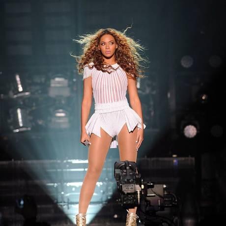 Beyoncé se apresenta durante a turnê de 'Mrs. Carter Show World Tour' Foto: Reprodução