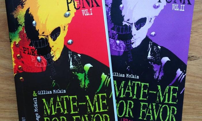 Os dois volumes dos livros 'Mate-me por favor', sobre a história do movimento punk Foto: Divulgação