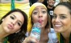 Bruna Marquezine (à esquerda), namorada de Neymar, brilhou na Copa das Confederações Foto: Reprodução
