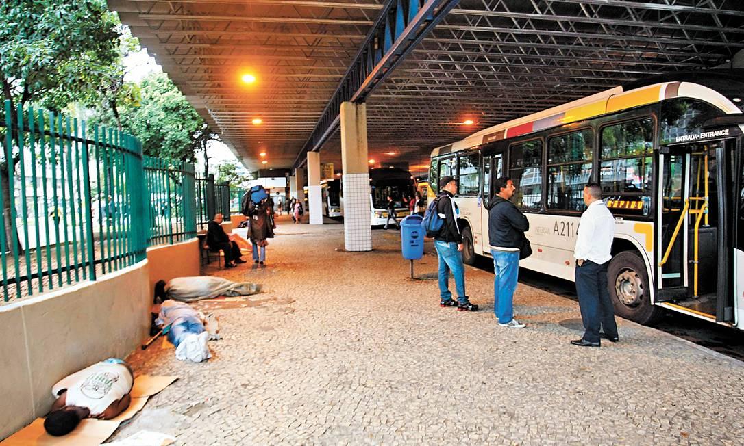 O Terminal Rodoviário Procópio Ferreira, na Central do Brasil, administrado pelo Sindicato das Empresas de Ônibus: receitas não foram informadas Foto: Marcelo Carnaval / Agência O Globo