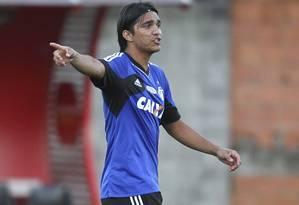 Marcelo Moreno durante treino do Flamengo no Ninho do Urubu Foto: Alexandre Cassiano / Agência O Globo