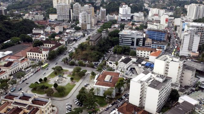 Centro. A Praça da República e a Avenida Amaral Peixoto ficam no subsetor do projeto de remodelação de Centro para o qual está prevista a construção de cerca de 20 prédios de 12 andares Foto: Gustavo Stephan