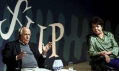 Em bate-papo descontraído com Miúcha, em mesa da Flip, Nelson Pereira dos Santos relembra como uma visita a Juazeiro foi o primeiro passo para a adaptação do clássico 'Vidas secas' Foto: Gabriel de Paiva / Agência O Globo