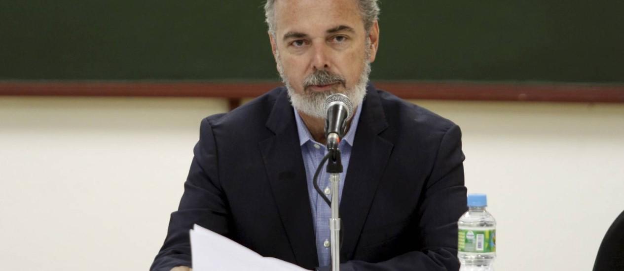 Coletiva do ministro das Relações Exteriores Antônio Patriota, em Paraty Foto: Gabriel de Paiva / Agência O Globo