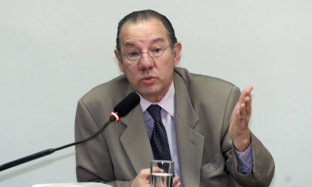 O ex-embaixador do Brasil nos EUA, Rubens Barbosa, em 2002 Foto: Roberto Stuckert Filho / Arquivo O Globo