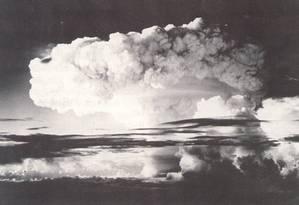Destruição. Os EUA explodem sua primeira bomba de hidrogênio nas Ilhas Marshal Foto: Arquivo