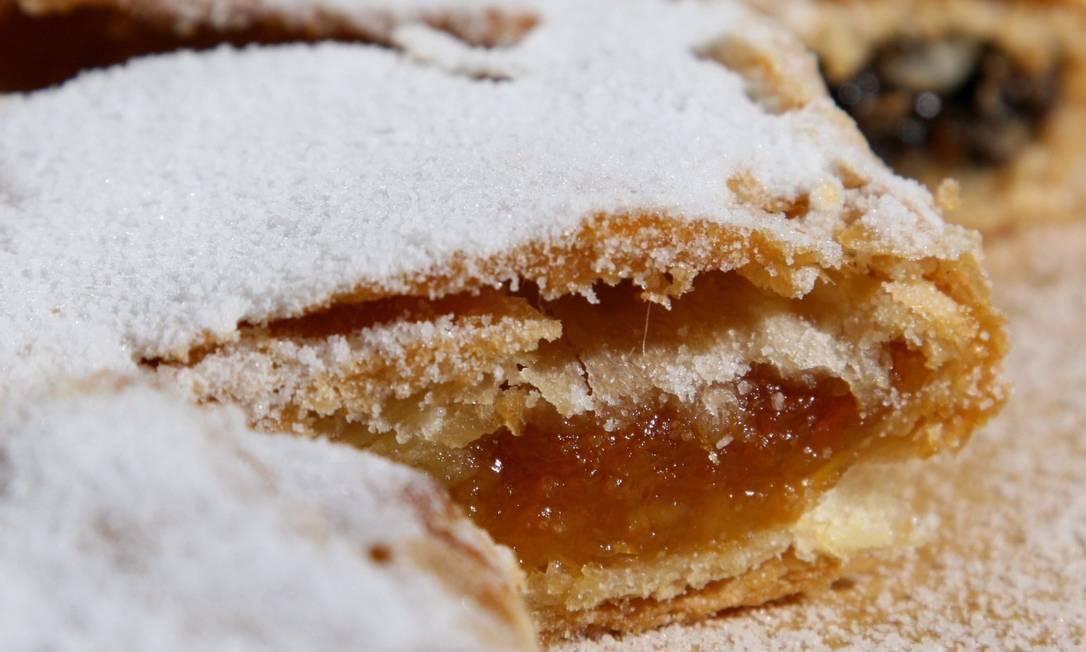 Açúcar: além de perder a batalha contra a balança, favorece obesidade e diabetes tipo 2 Foto: Rodrigo Azevedo