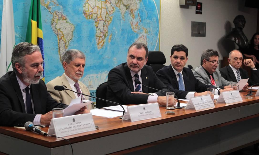 Ministros e líderes parlamentares participam de audiência pública sobre denúncias de espionagem dos EUA Foto: Givaldo Barbosa / Agência O Globo