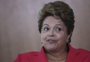 Dilma durante evento no Palácio do Planalto nesta quinta-feira Foto: UESLEI MARCELINO / REUTERS