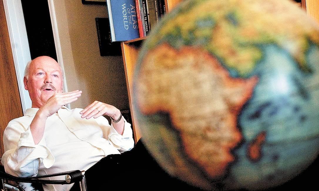 Jornalista afirma que monitoramento de imenso volume de conversas não é a melhor maneira para conter ameaças terroristas Foto: Terceiro / New York Times/10-10-2008