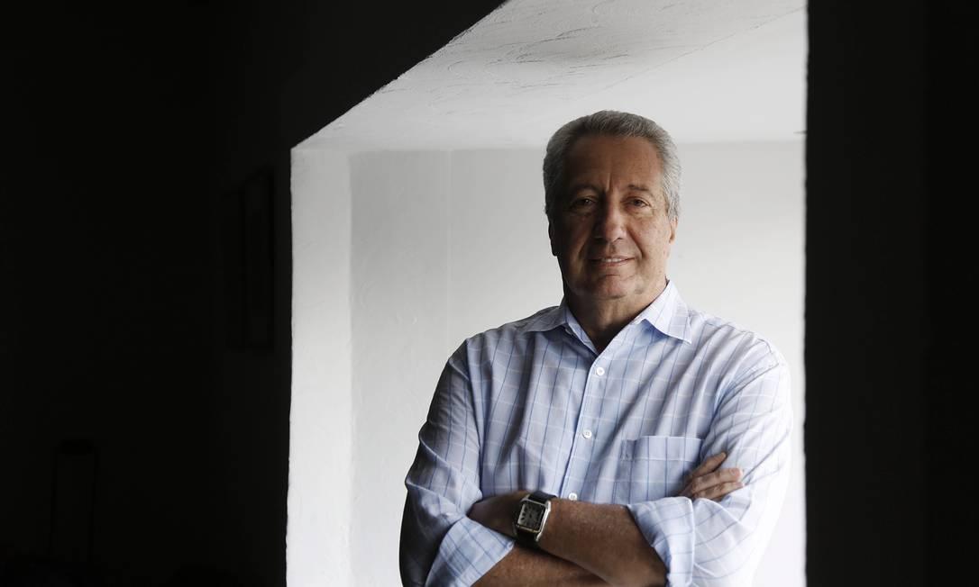 Paulo Rocco: 'Comprei o livro porque achei a história boa, ia lançá-lo só em 2014' Foto: Camilla Maia
