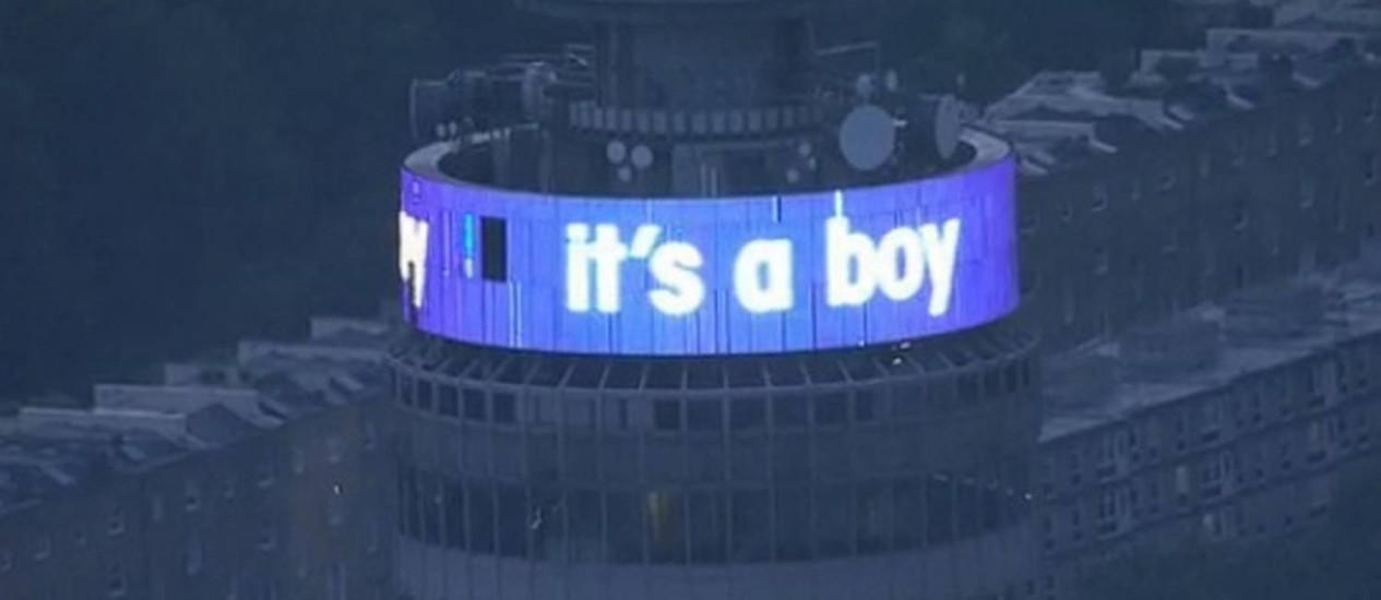 """BT Tower em Londres comemora a chegada do bebê real: """"É um menino"""" Foto: Internet"""