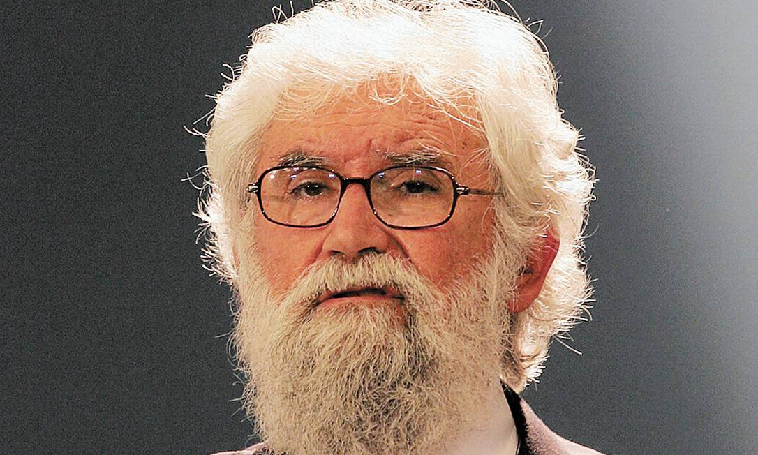"""Condenado, em 1985, a """"silêncio obsequioso"""", ele acredita na renovação da imagem do Papa - Foto: Mayela Lopez / Arquivo/15-03-2007<252,1>"""