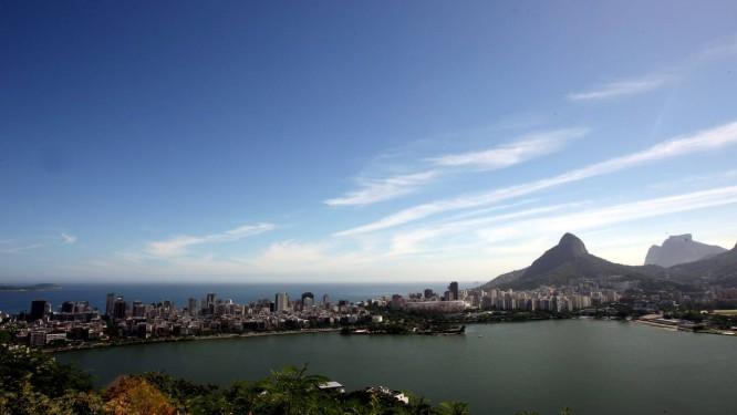 Vista do Pico do Sacopã, no Parque da Catacumba. Programação prevê trilhas no lugar Foto: Ana Branco / O Globo