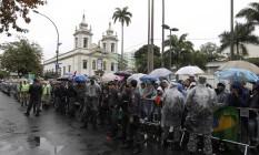 A Rua São Francisco Xavier ficou parcialmente fechada para chegada do Papa Foto: Domingos Peixoto / Agência O Globo