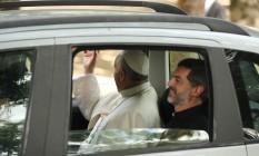 O Papa Francisco na chegada à Quinta da Boa Vista Foto: Fabiano Rocha / Extra