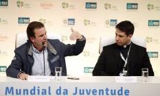 O prefeito Eduardo Paes durante coletiva sobre o esquema de fim de semana para a Jornada Mundial da Juventude Foto: Fabio Rossi / Agência O Globo