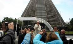 Papa Francisco em frente à Catedral Metropolitana Foto: Freelancer / Agência O Globo