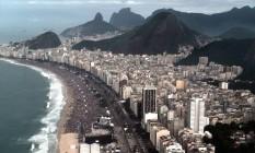 Multidão permanece na Praia de Copacabana após missa do Papa Foto: Publius Vergilius / .
