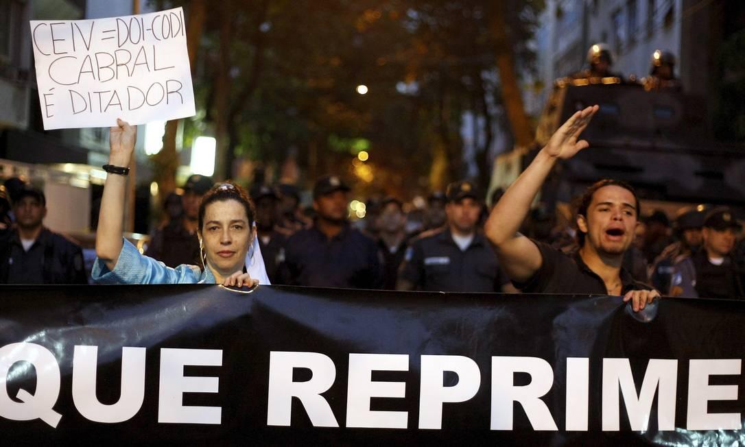 Manifestação contra o governador Sérgio Cabral Foto: Felipe Hanower / Agência O Globo