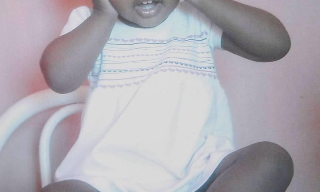 A menina Isabela, que morreu em Campo Grande, vítima do estouro de tubulação da Cedae Reprodução