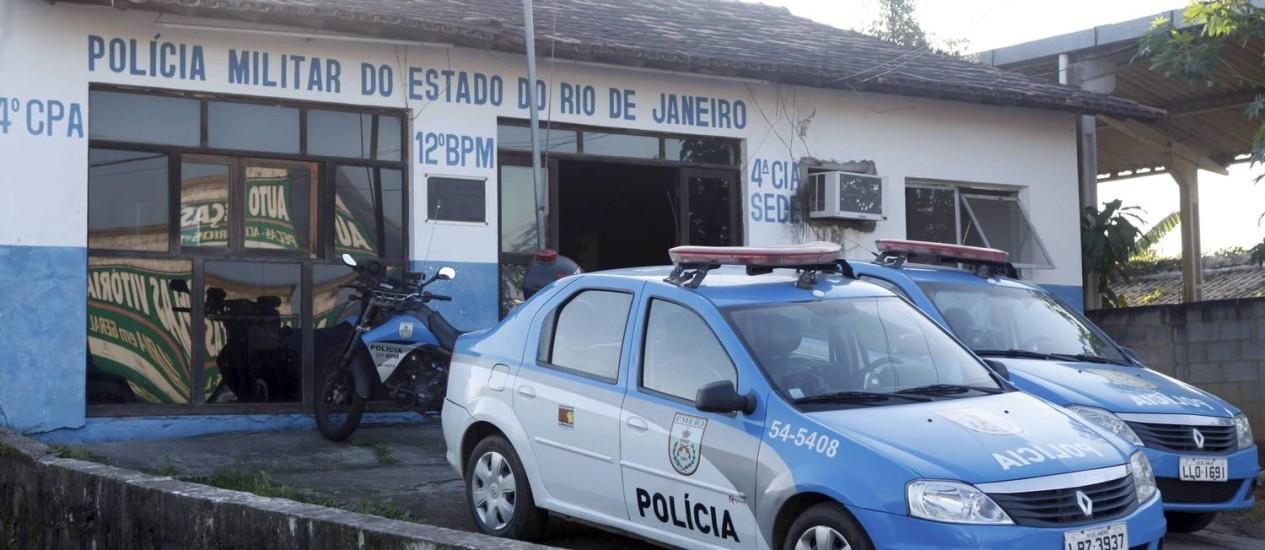 Quaquá diz que apenas 30 policiais trabalham na cidade, apesar de a PM afirmar que passa de 100 o número de soldados em Maricá Foto: O Globo / Gustavo Stephan