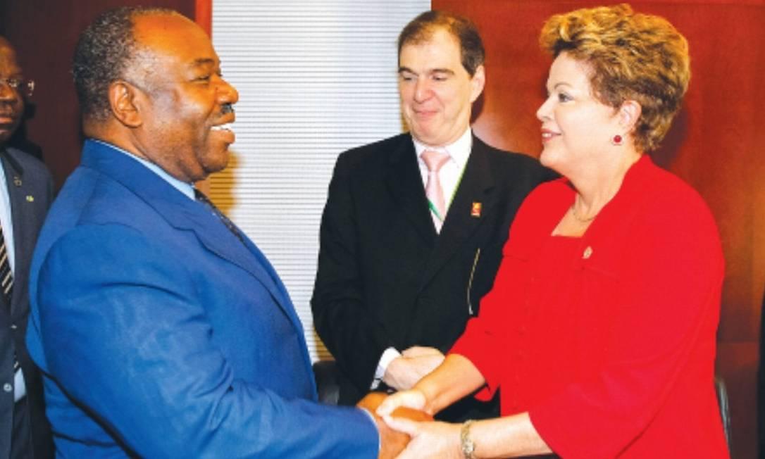 Dilma com o presidente do Gabão, Ali Bongo: anistia de US$ 3,5 milhões para o Gabão, país que há 46 anos vive sob a ditadura Foto: / Roberto Stuckert Filho