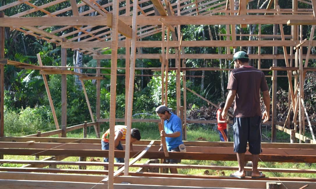 """Para construir a escola, estudante reuniu recursos vindos de doações e uma """"vaquinha"""" entre amigos Acervo Pessoal"""