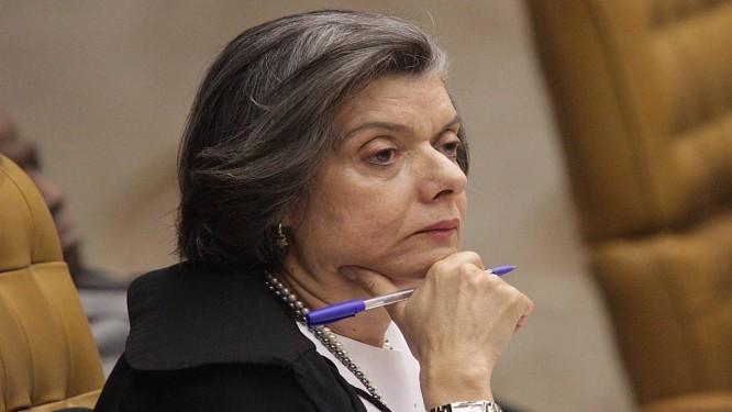 A ministra Carmen Lúcia, presidente do TSE Foto: O Globo / André Coelho