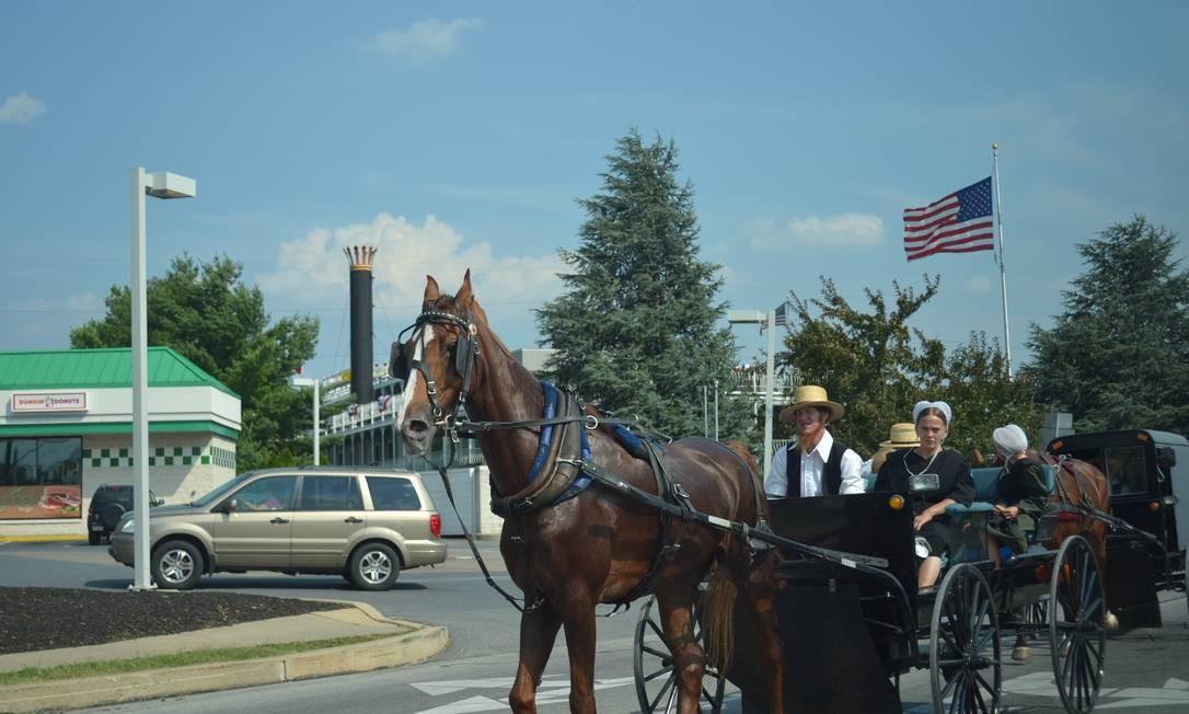 A revolução dos Amish: da carroça ao Facebook - Jornal O Globo