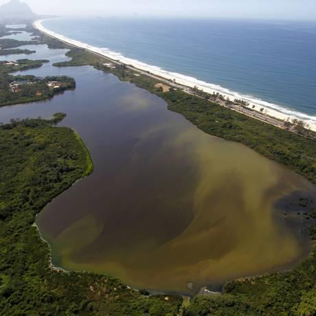 Lagoa de Marapendi. O projeto de recuperação da vegetação em seu entorno será apresentado no evento Foto: Divulgação/Custódio Coimbra