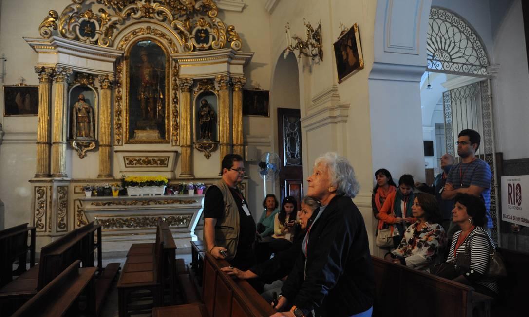 Milton Teixeira conta a história da Igreja Matriz Nossa Senhora da Glória e do Largo do Machado Adriana Lorete/O Globo